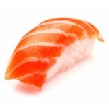 Суши Нигири с копченным лососем