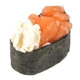 Суши Гункан с лососем и сл.сыром